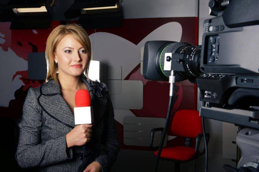 पत्रकार कैसे बने